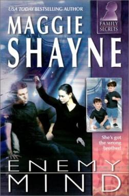 Buch 1 von 26 der Family Secrets Reihe von Maggie Shayne u.a..