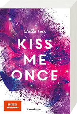 Buch 1 von 2 der Kiss the Bodyguard Reihe von Stella Tack.