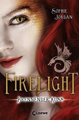 Buch 1 von 3 der Firelight Reihe von Sophie Jordan.
